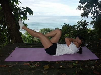 bicycle crunches in costa rica