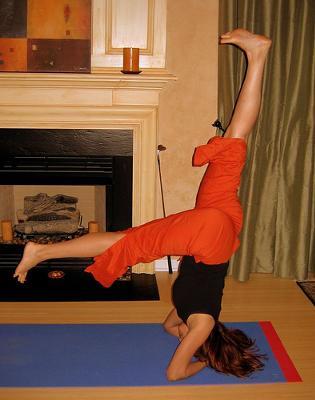 Yoga L Pose